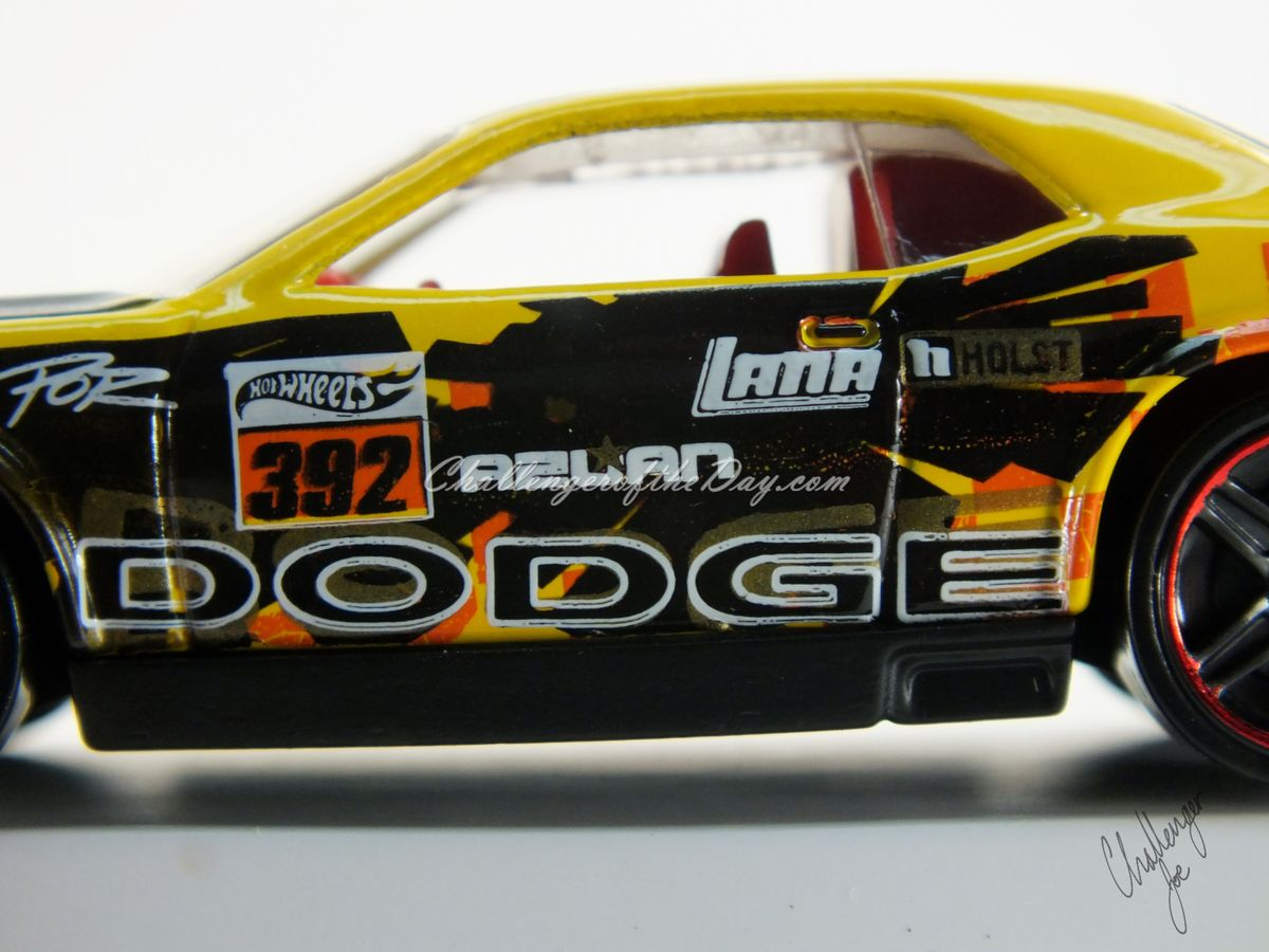 Hot Wheels Dodge Challenger Drift Car Yellow (10).JPG