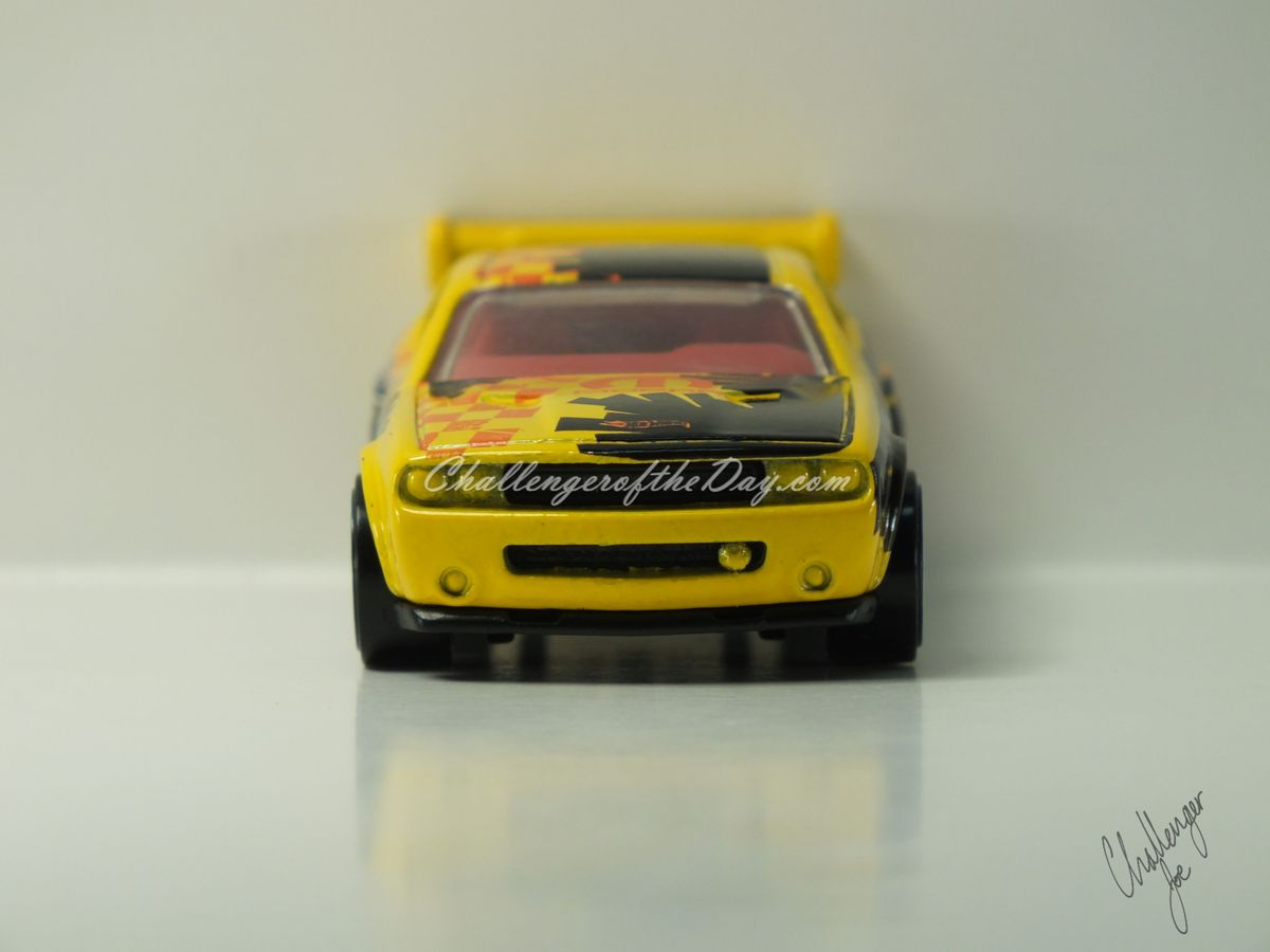 Hot Wheels Dodge Challenger Drift Car Yellow (3).JPG
