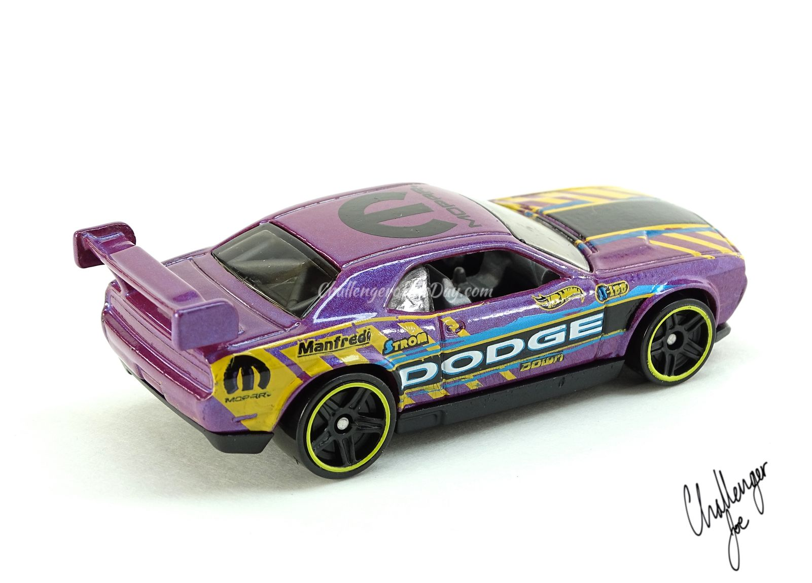 HW Drift Car Pearl Purple PSA3.jpg