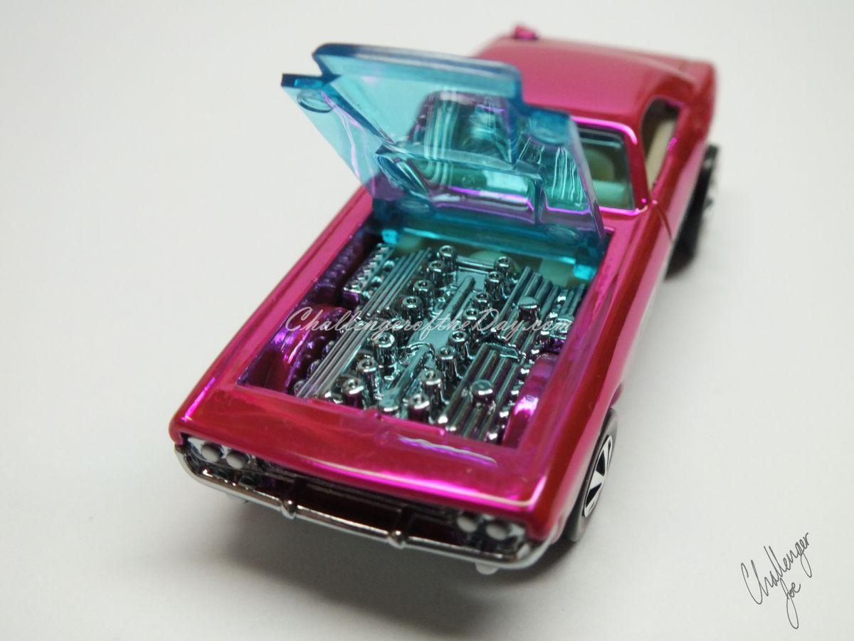 RLC Spectaflame Pink 2004 Bye Focal Twin V8 (7).JPG