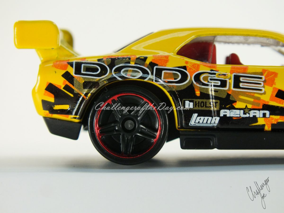 Hot Wheels Dodge Challenger Drift Car Yellow (11).JPG