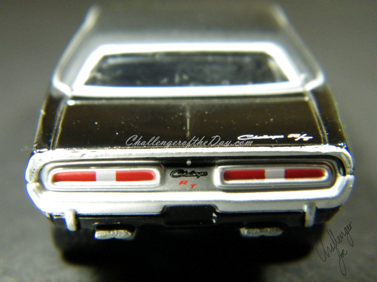 Richard Odie's 1971 Dodge Challenger RT340 Johnny Lightning (5).JPG