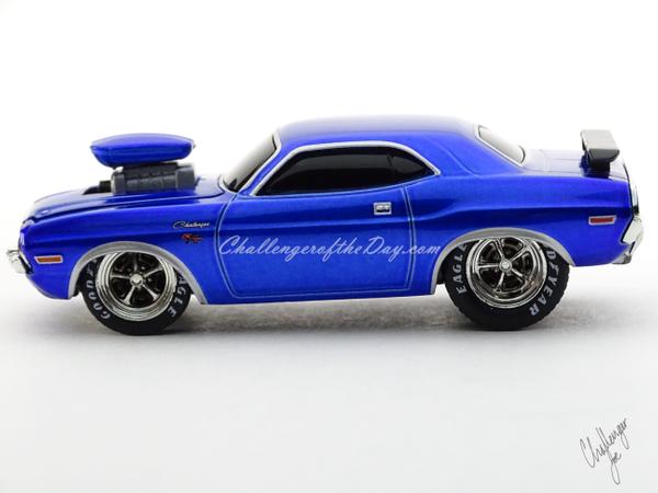 M2 by Castline Ground Pounders 1970 Dodge Challenger Blue (1).JPG