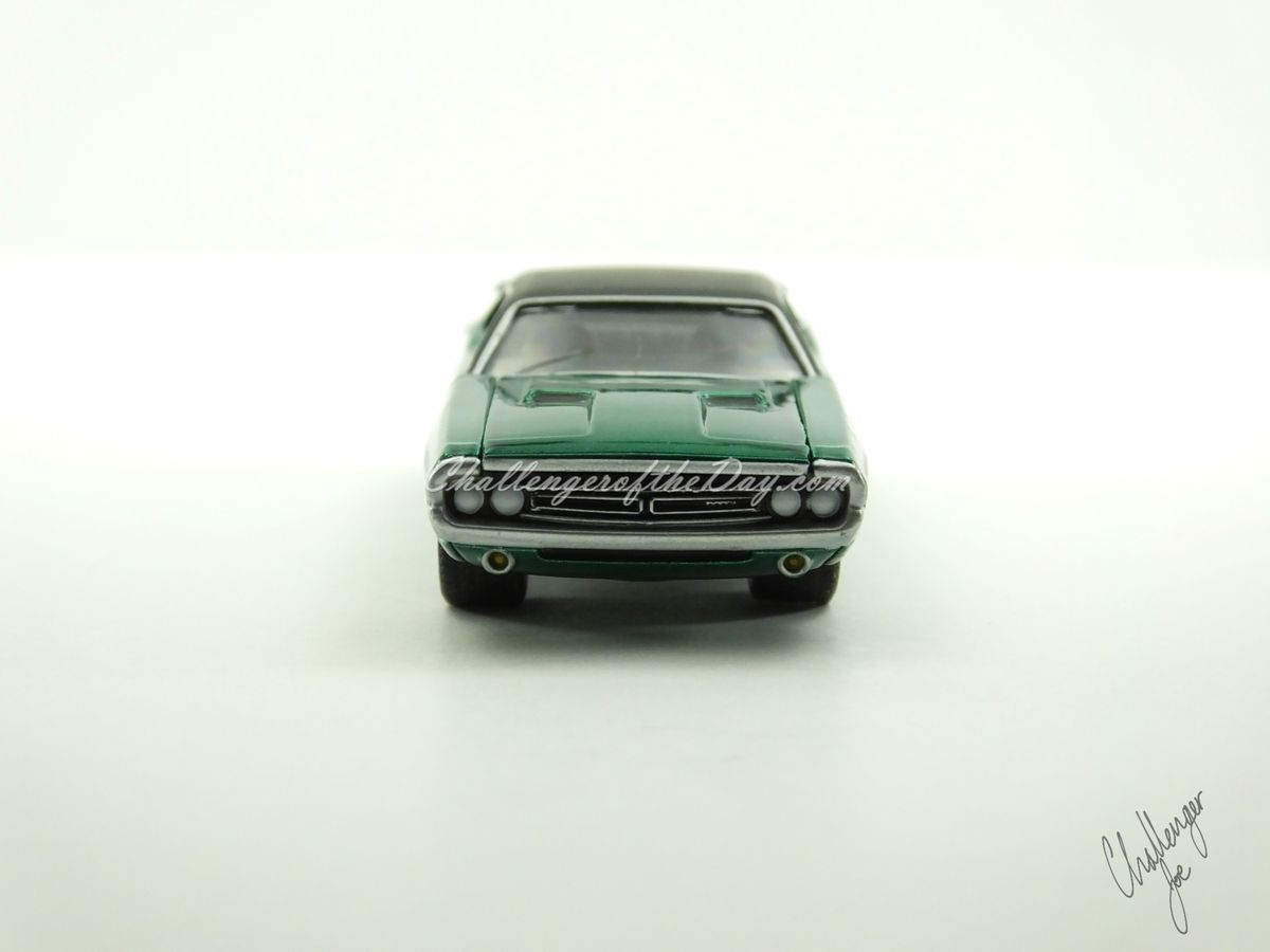 1971 RT 426 Hemi GreenLight Hot Putsuit Series Green Machine (15).JPG