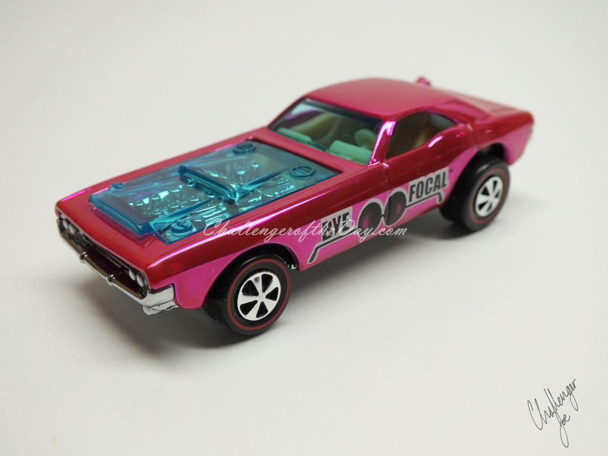 RLC Spectaflame Pink 2004 Bye Focal Twin V8 (2).JPG