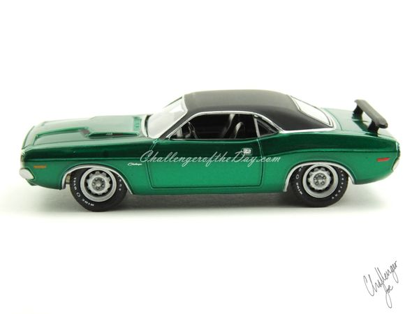 1971 RT 426 Hemi GreenLight Hot Putsuit Series Green Machine (1).JPG