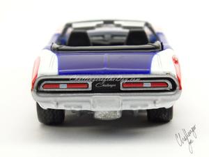 Johnny Lightning 1971 Dodge Challenger Convertible  (8).jpg