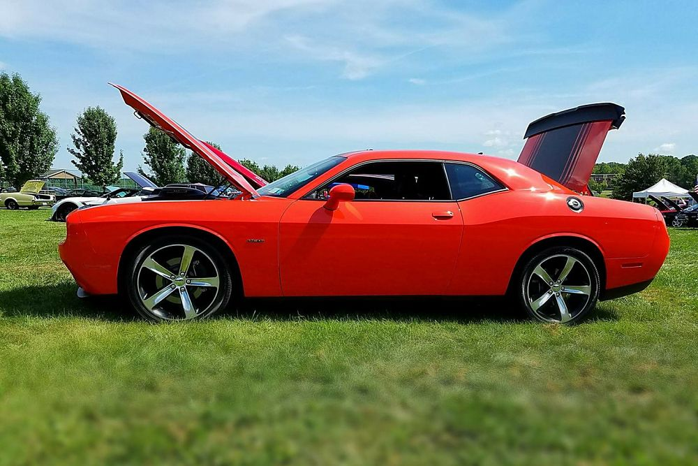 CruiseHV Challenger Driver's Side View
