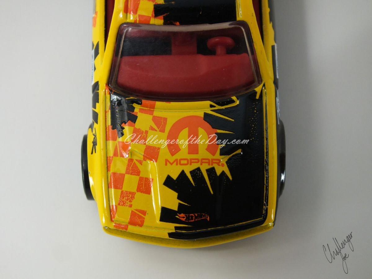 Hot Wheels Dodge Challenger Drift Car Yellow (9).JPG