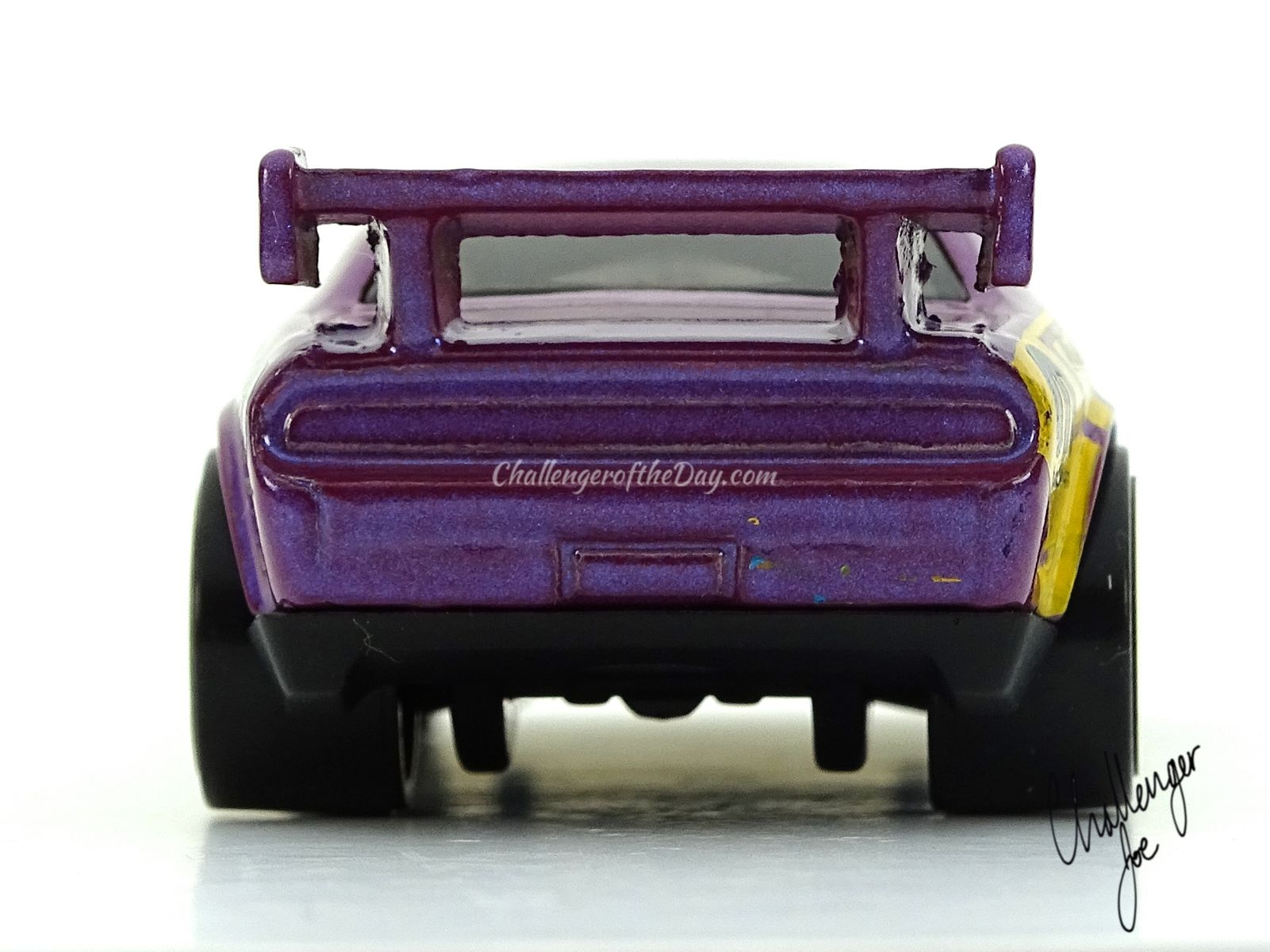 Hot Wheels Dodge Challenger Drift Car Pearl Purple
