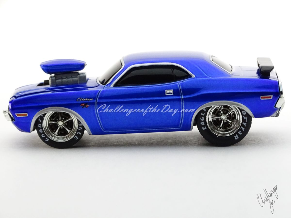 M2 by Castline Ground Pounders 1970 Dodge Challenger Blue (1).JPG