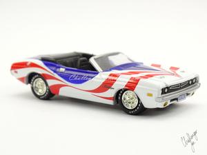 Johnny Lightning 1971 Dodge Challenger Convertible  (5).jpg