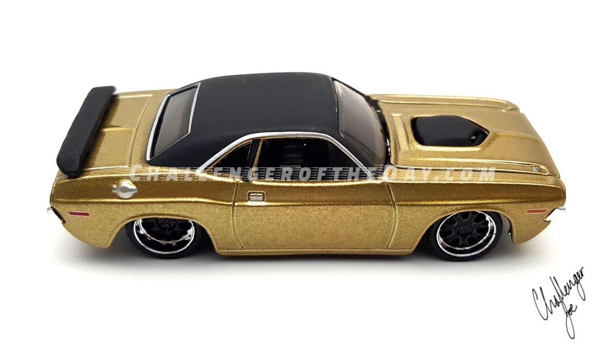 Maisto 1970 Challenger RT PSA2.jpg