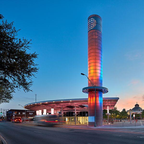 VIA Centro Plaza
