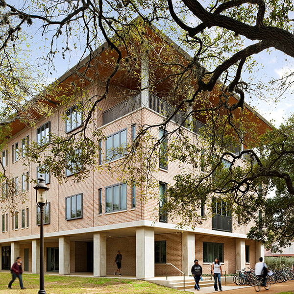 Architectural Engineers Collaborative Aec - Tower-house-in-texas-by-andersson-wise-architects