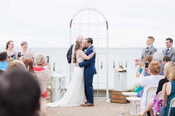 jacnjules-brant-beach-yacht-club-wedding-photographer_0017.jpg