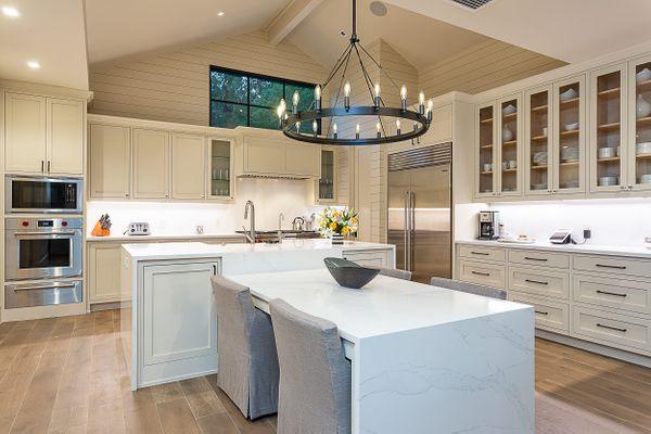 2301 Island Wood Rd Austin TX-print-015-51-kitchen6-2500x1667-300dpi.jpg