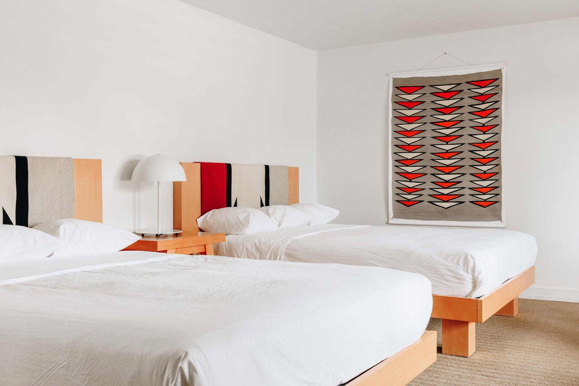 El_Rey_rooms-18_v1_current-min.jpg