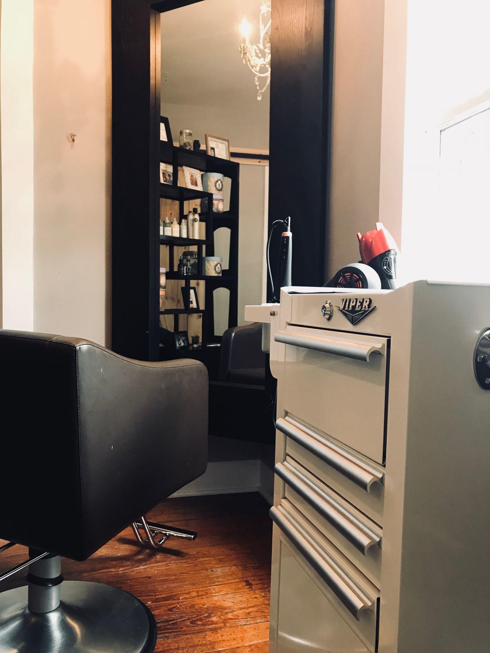 stylistchair.jpg