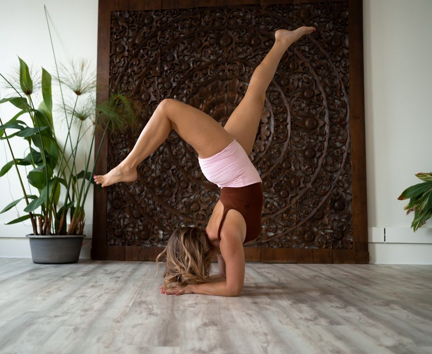 Yoga-Inversion-Workshop-Training.jpg