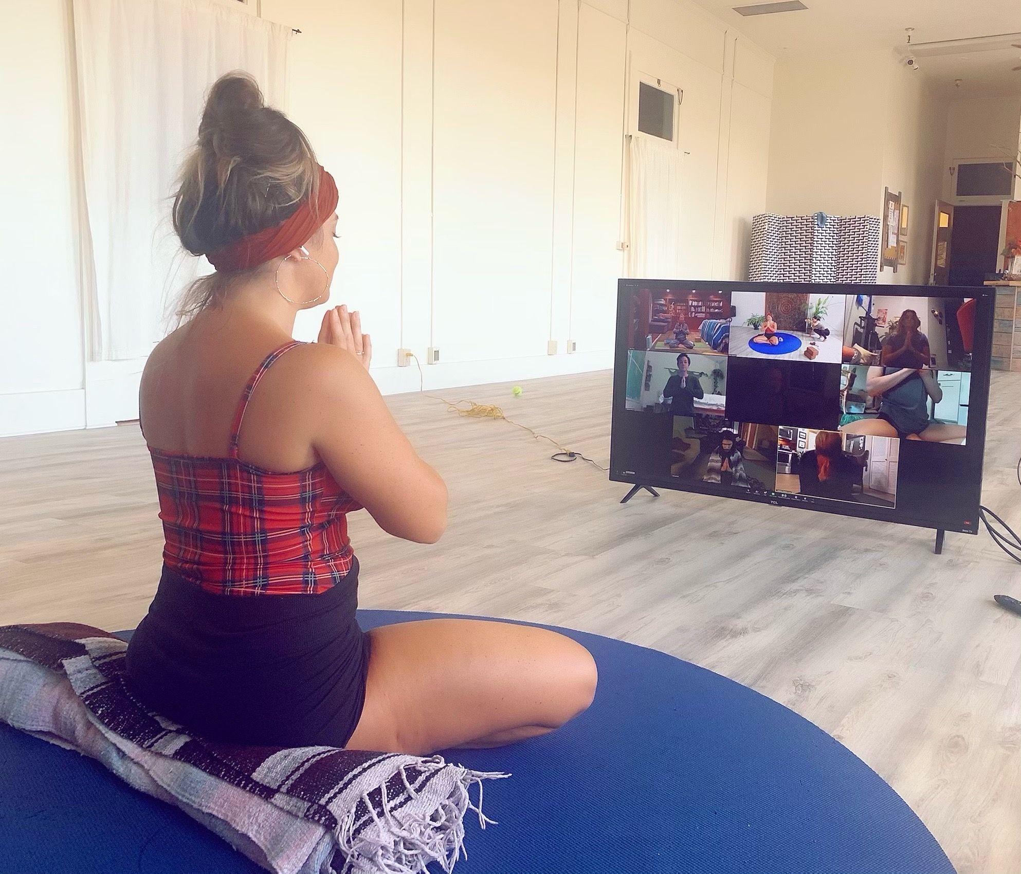 Virtual-Private-Yoga-Molly-Masaoka.JPG