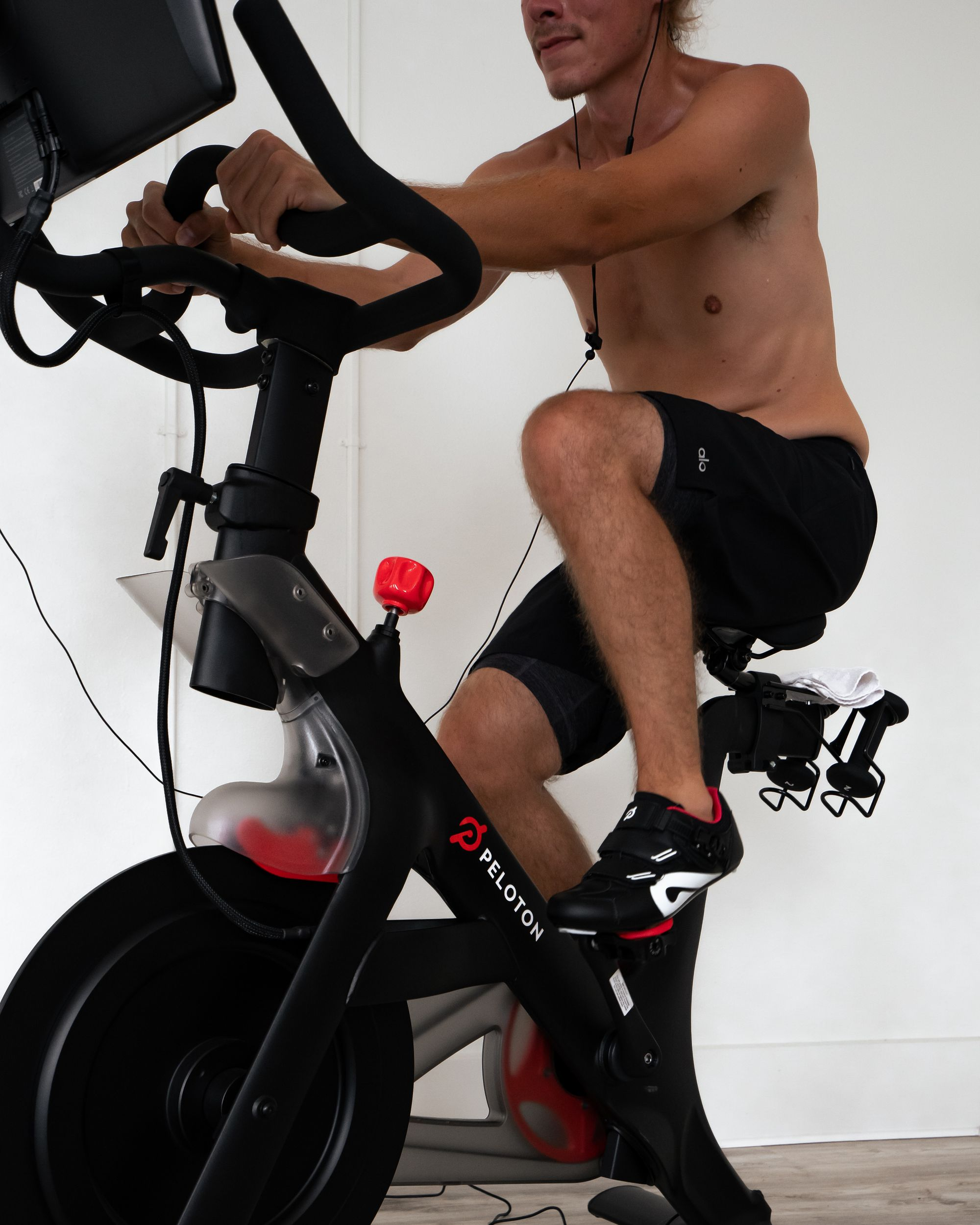 PELOTON-CARDIO-CYCLING-WORKOUT.jpg