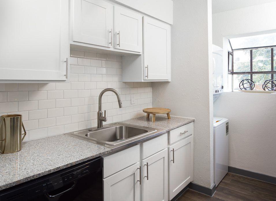 kitchen1-XL(1).jpg