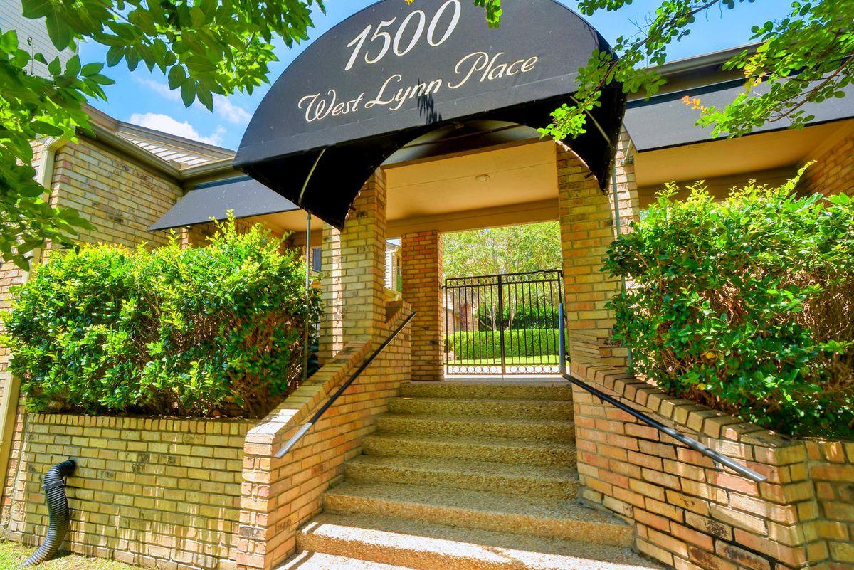 1500 W Lynn St Unit 108-large-001-2-Community Entrance 652-1499x1000-72dpi.jpg