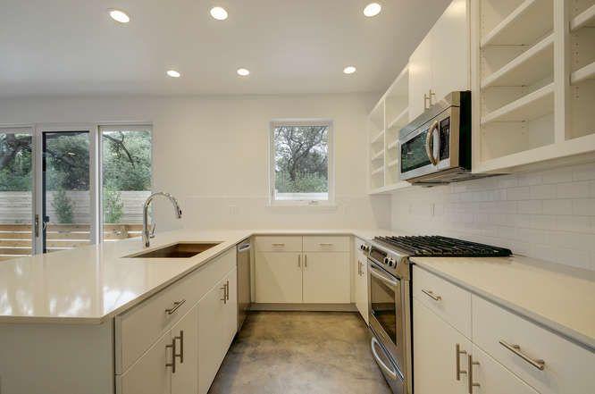1208 Woodland Unit A-small-016-22-Kitchen and Breakfast 407-666x442-72dpi.jpg