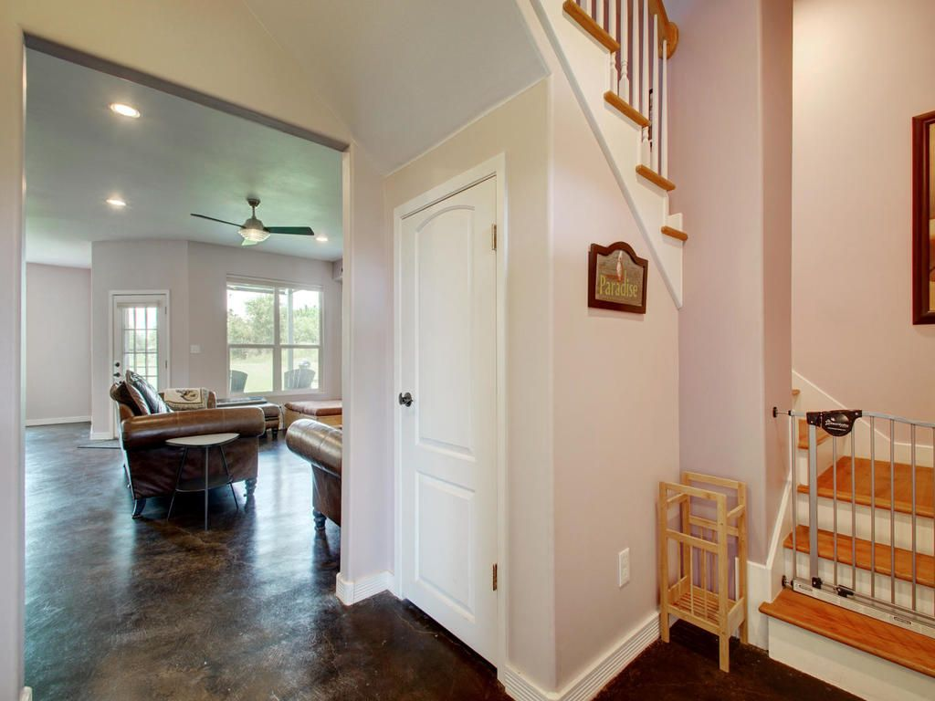 2004 E M Franklin Ave-MLS_Size-015-14-Foyer 825-1024x768-72dpi.jpg