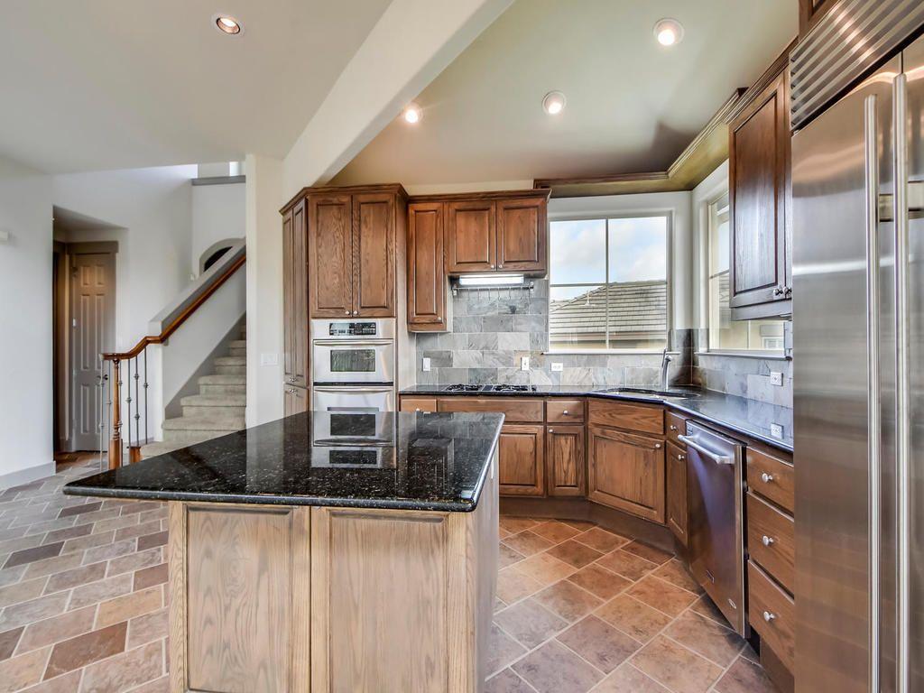 2800 Waymaker Way Unit 62-MLS_Size-009-9-Kitchen and Breakfast 02-1024x768-72dpi.jpg