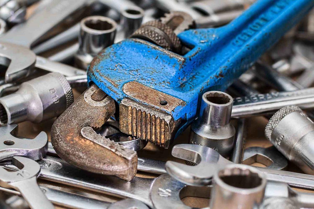 wrench 2.jpg
