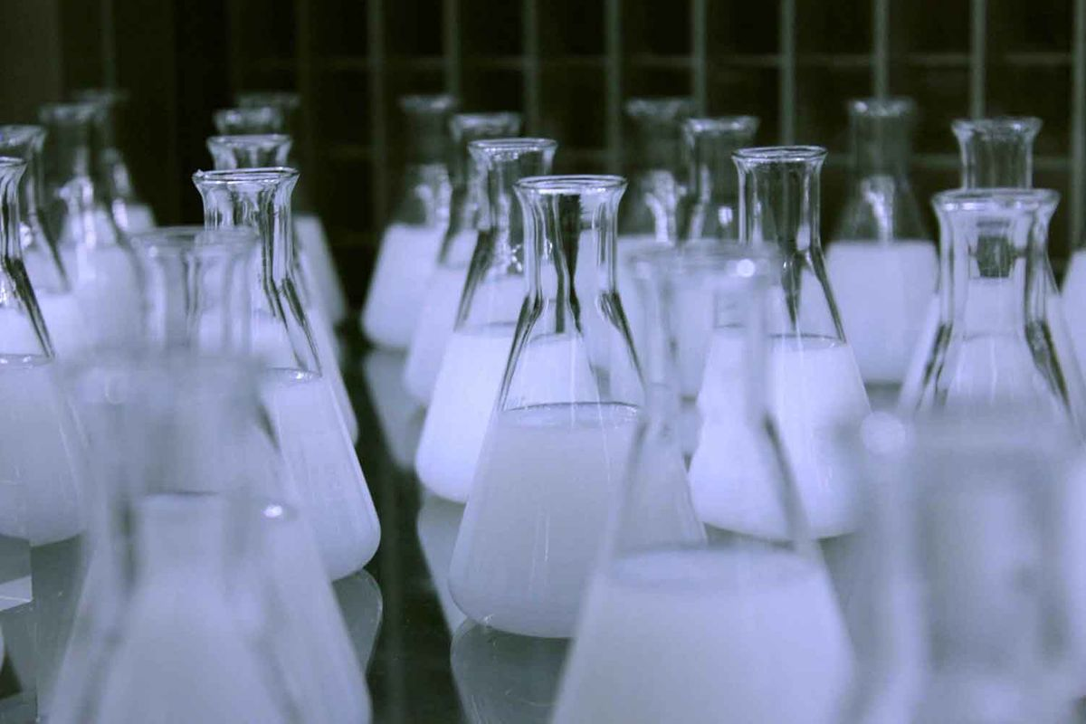 chemical flasks 2.jpg