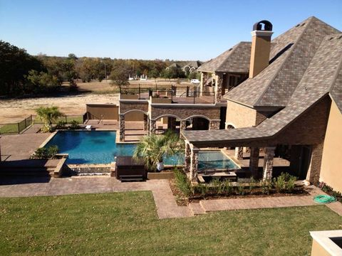 Edge Crew Outdoor Pool and Hardscape Construction