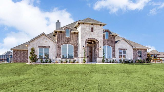 Contemporary Custom Home in Decatur, Texas