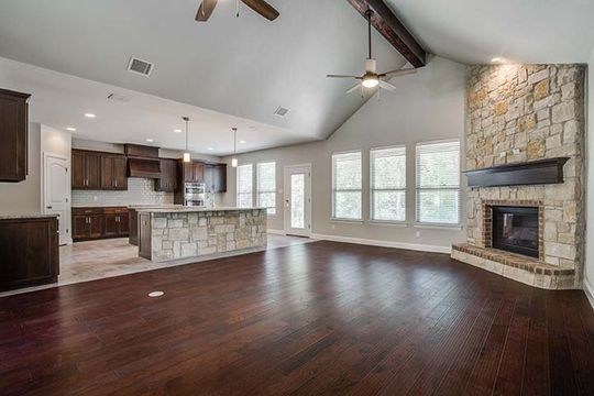 Traditional Custom-built Home in Chico, Texas