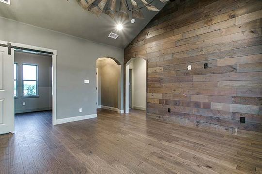 Custom Wood Walls and Floors in Bridgeport, Texas