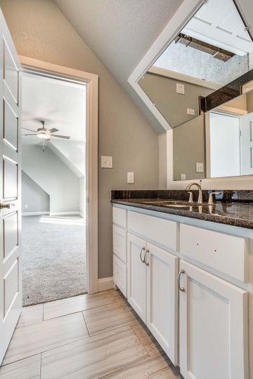 Custom Bathroom and Cabinets