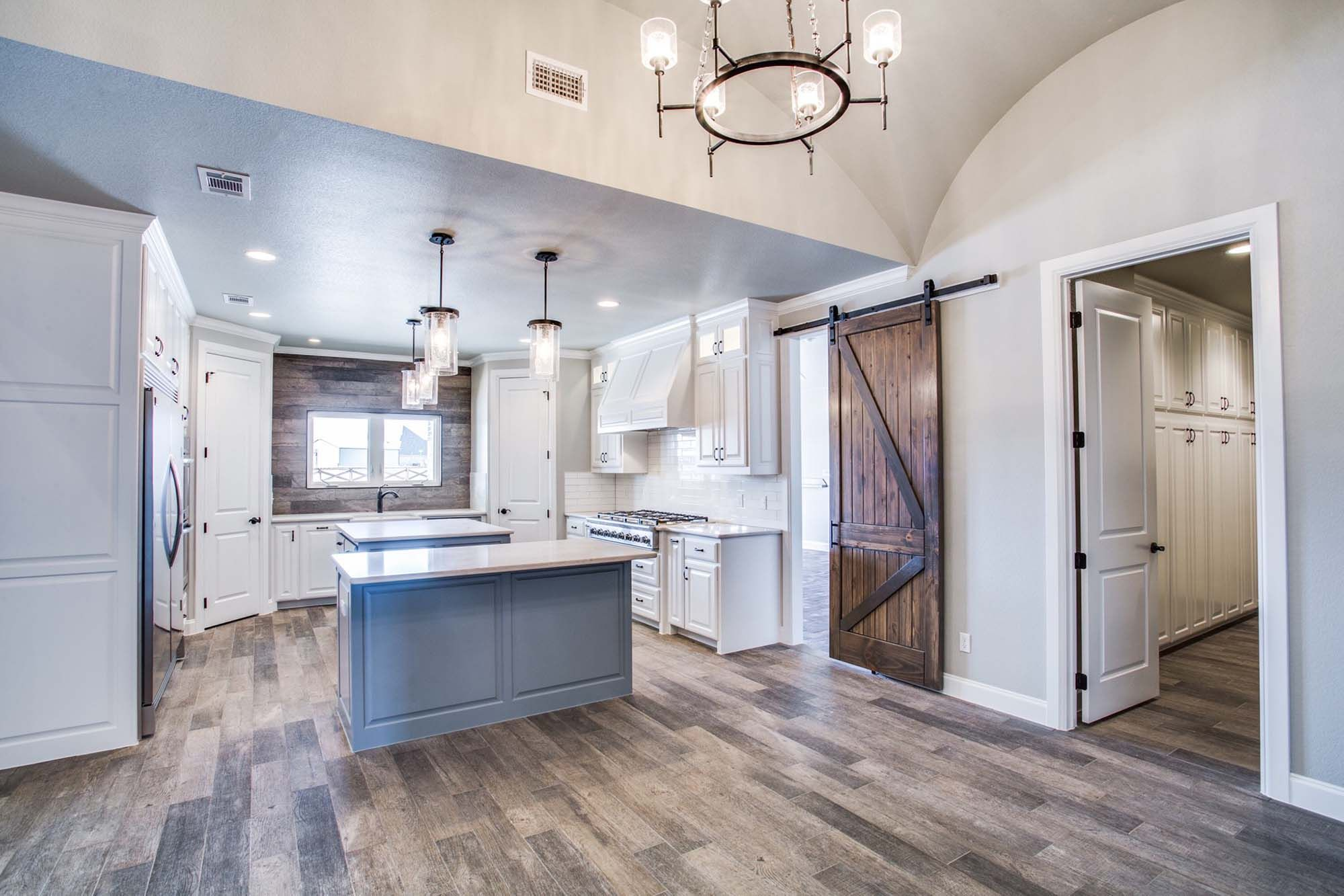 Modern Rustic Country Custom Home in Decatur, Texas