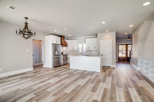 Open Floor Plan - Modern Farm House Design
