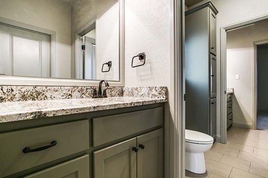 Custom Bathroom Cabinetry in Bridgeport, Texas
