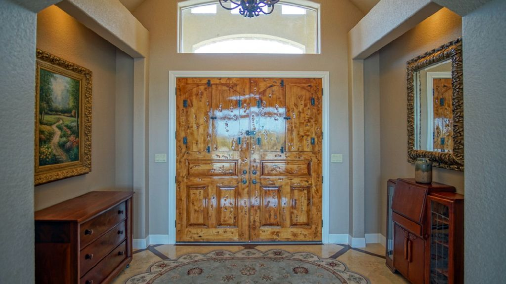 Entry-Custom Doors.jpg