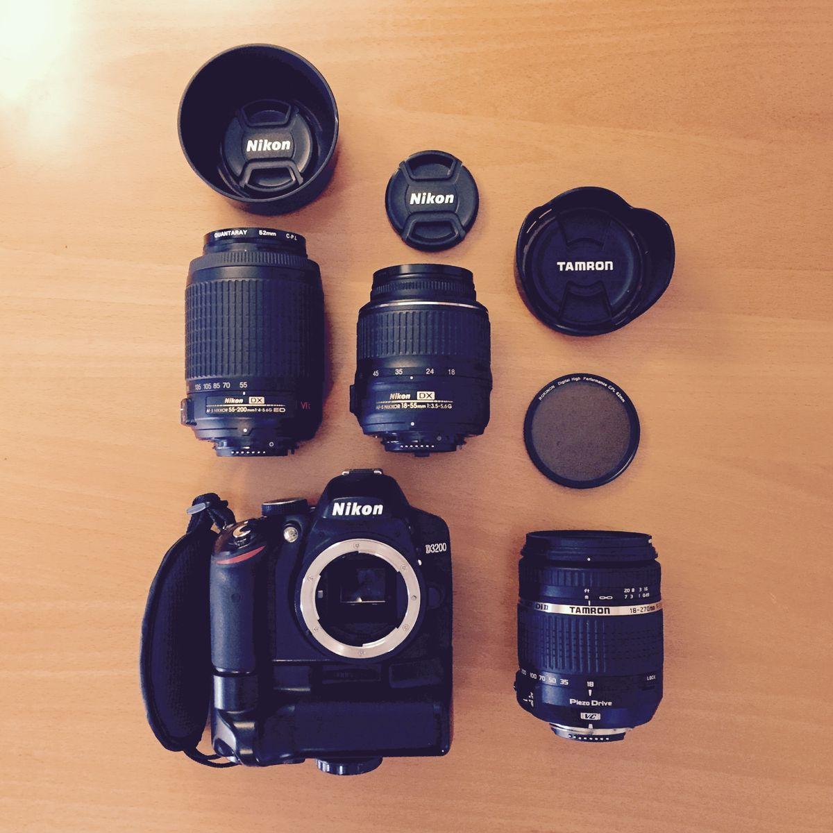 Nikon D3200.jpg