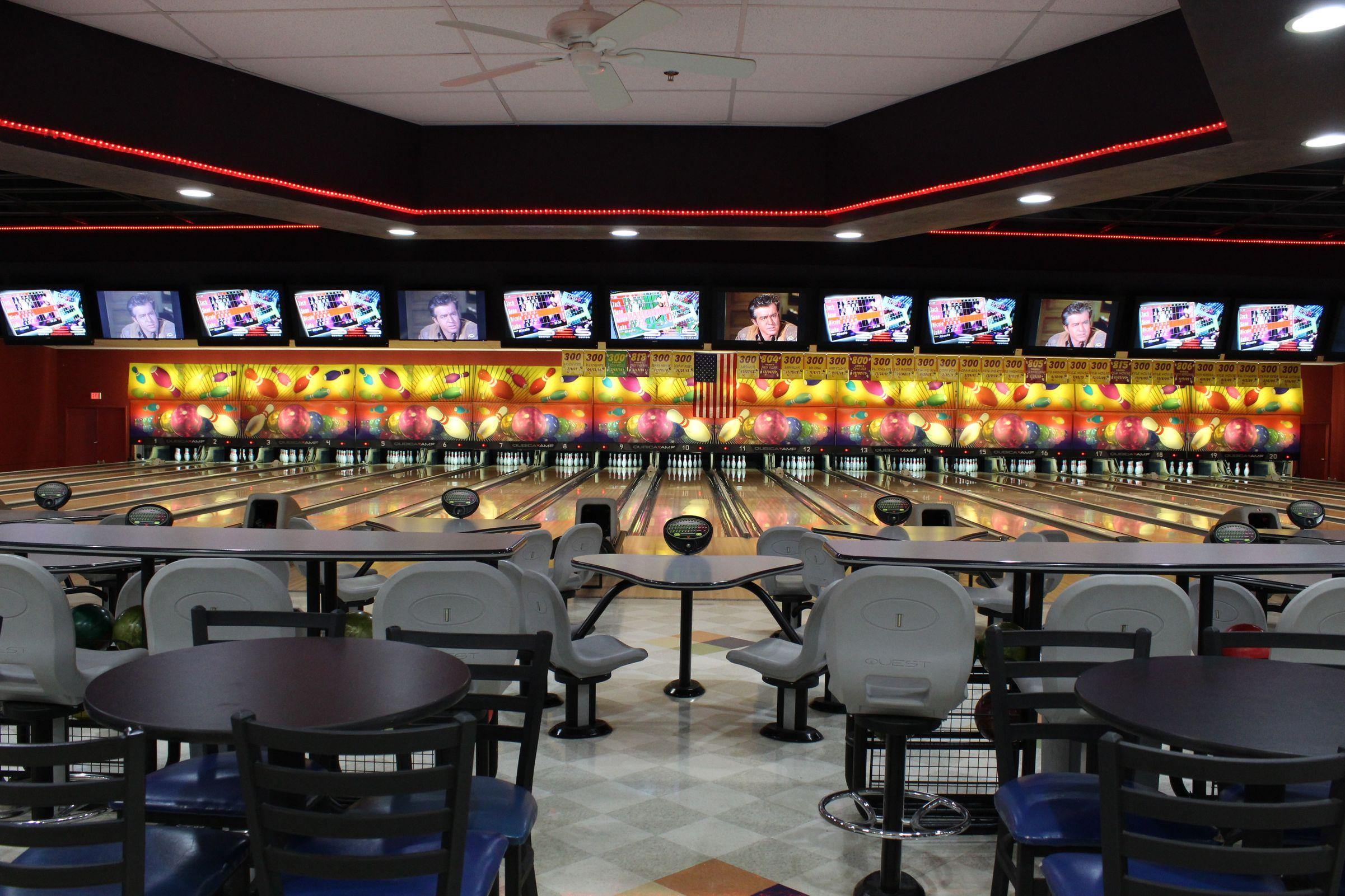 Bowling Lanes 14.jpeg