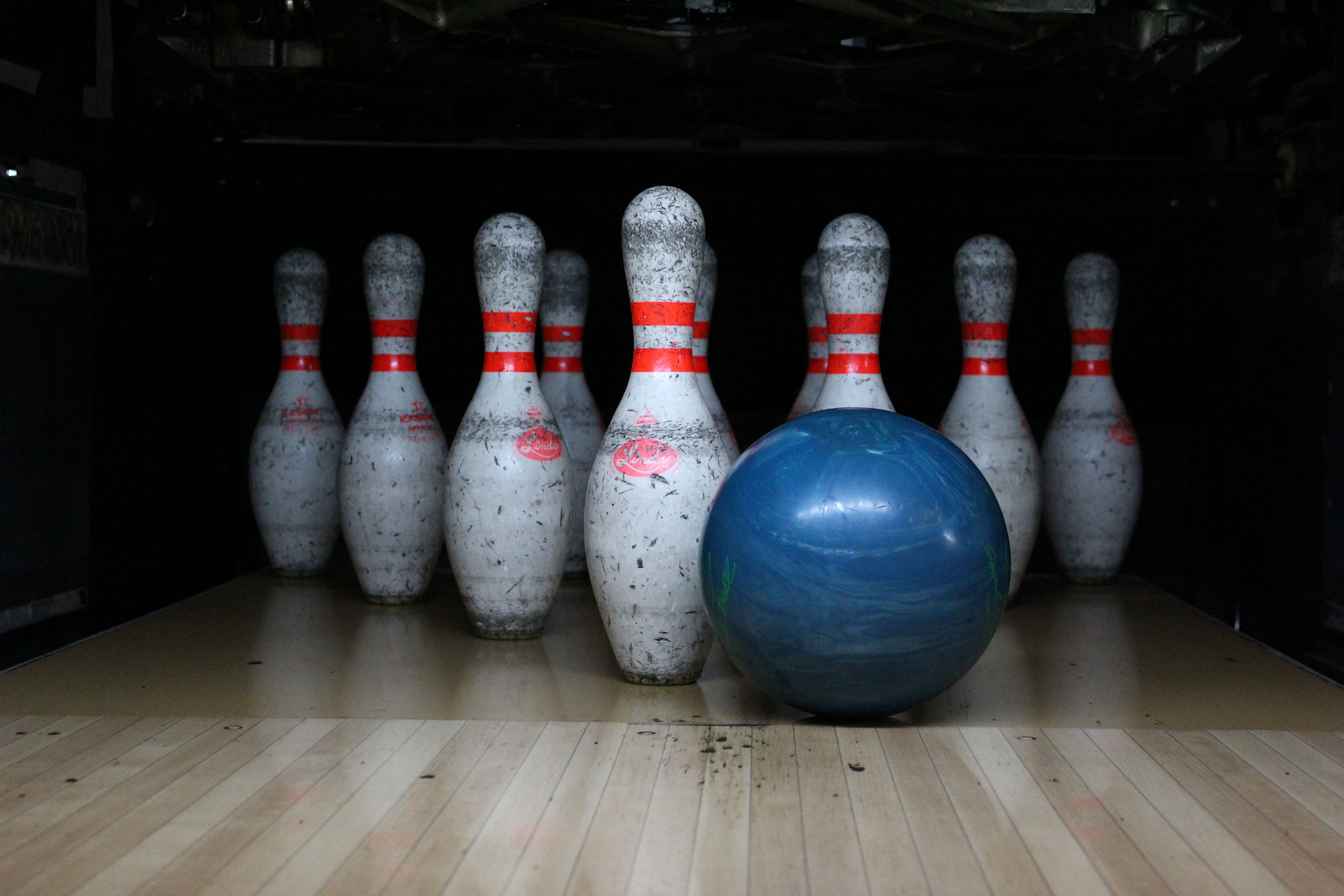 Bowling Pins 5.jpeg