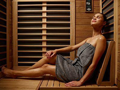 Signature-IV-far-infrared-sauna-woman.jpg