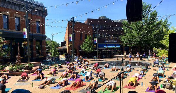 yoga in the square-9.jpg