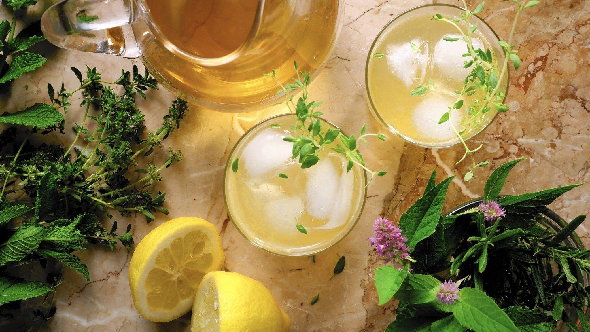 sc-cocktail-herb-garden-drink-food-0722-20160720.jpg