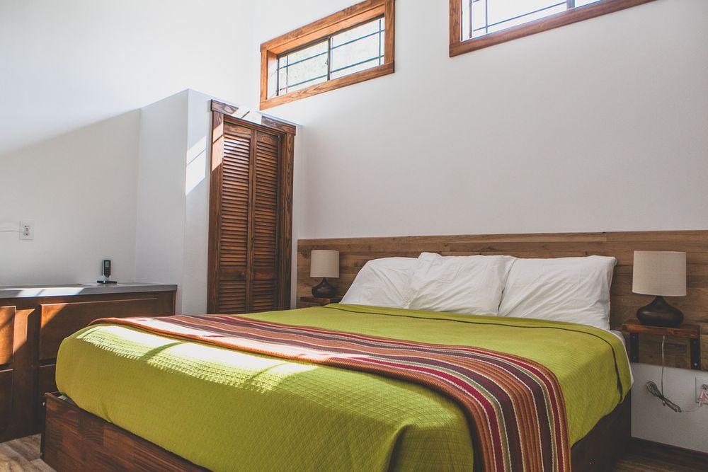 Tiny House Modern Rustic Bedroom Design