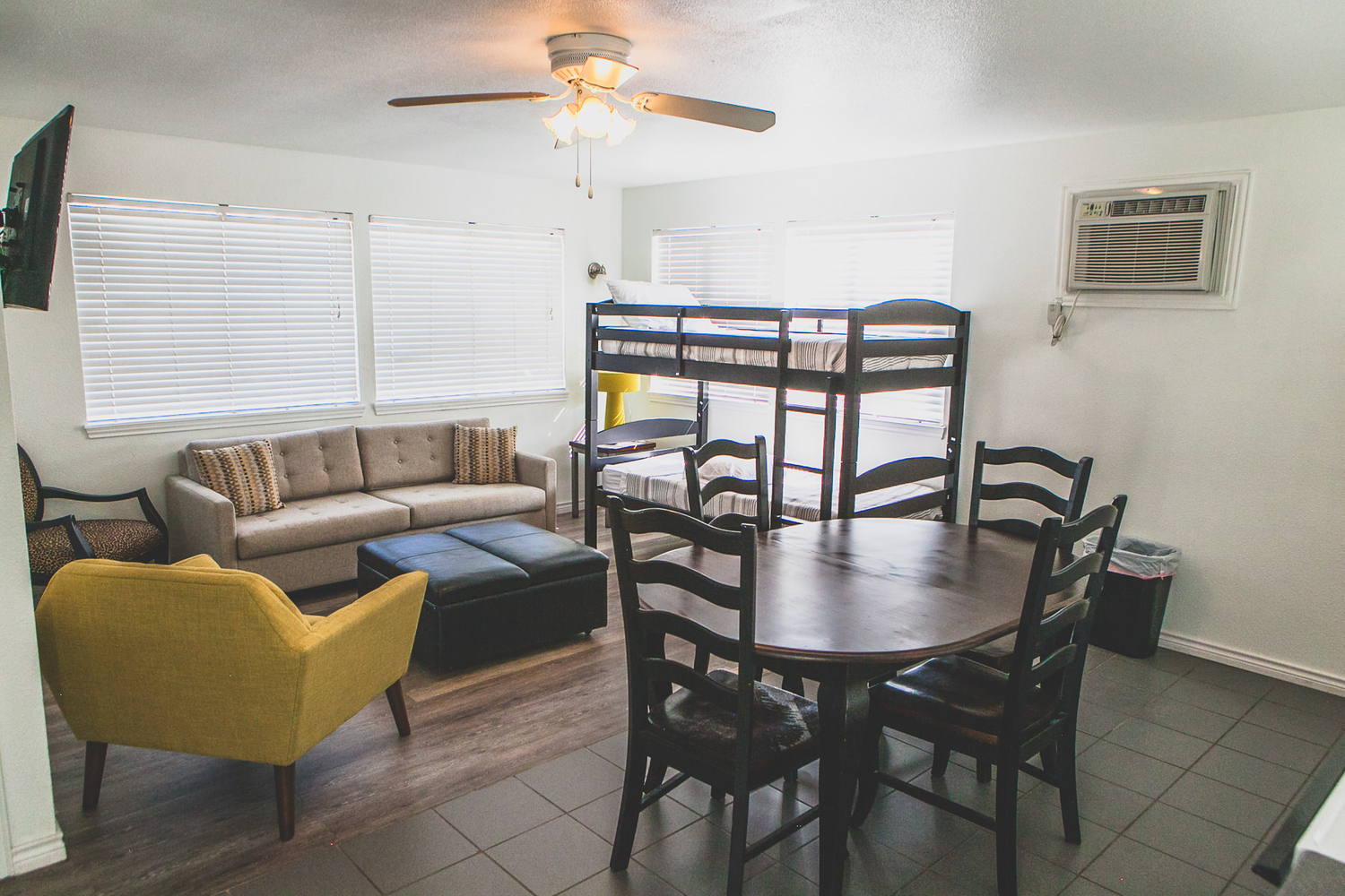 Private Cottage Rentals in Texas